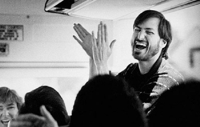 Steve-Jobs-Laughing.jpg